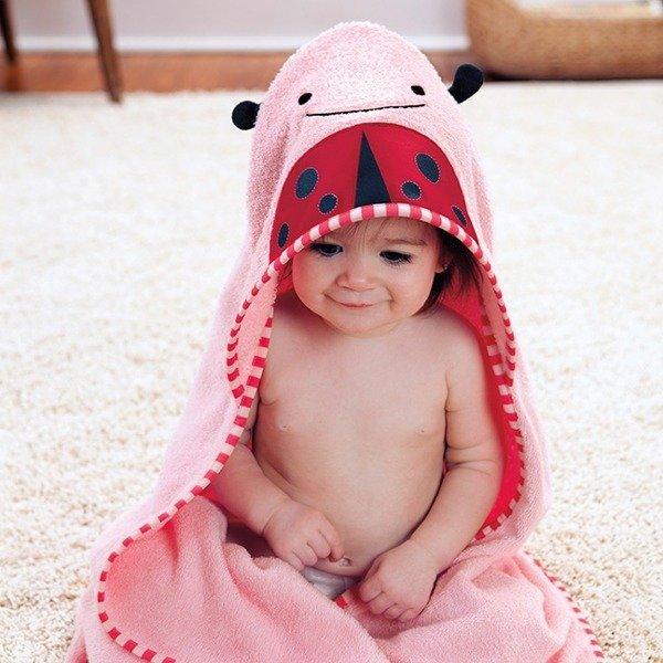 61c35bb88e ... Ręcznik do kąpieli dla niemowlaka z kapturkiem - okrycie kąpielowe Zoo  Biedronka ...